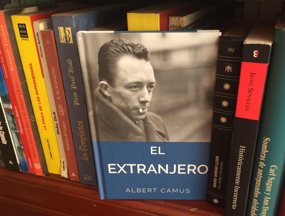 Libro El extranjero de Albert Camus