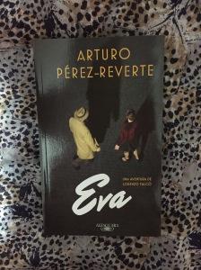 Libro Eva de Arturo Pérez-Reverte