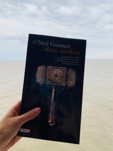 Libro Mitos nórdicos de Neil Gaiman