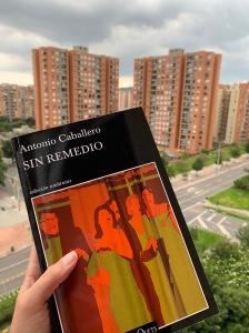 Libro Sin remedio de Antonio Caballero