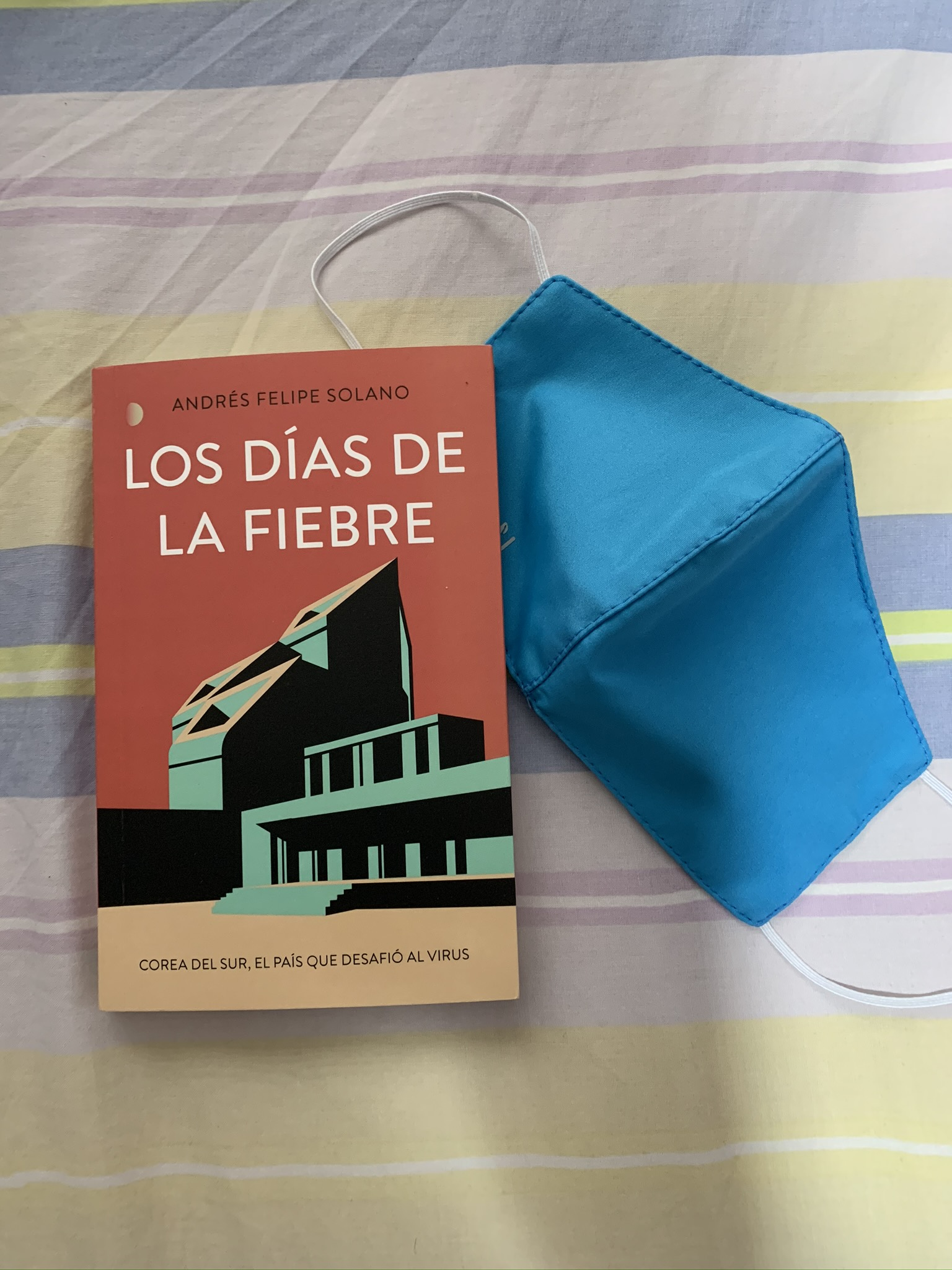 Libro Los días de la fiebre de Andrés Felipe Solano