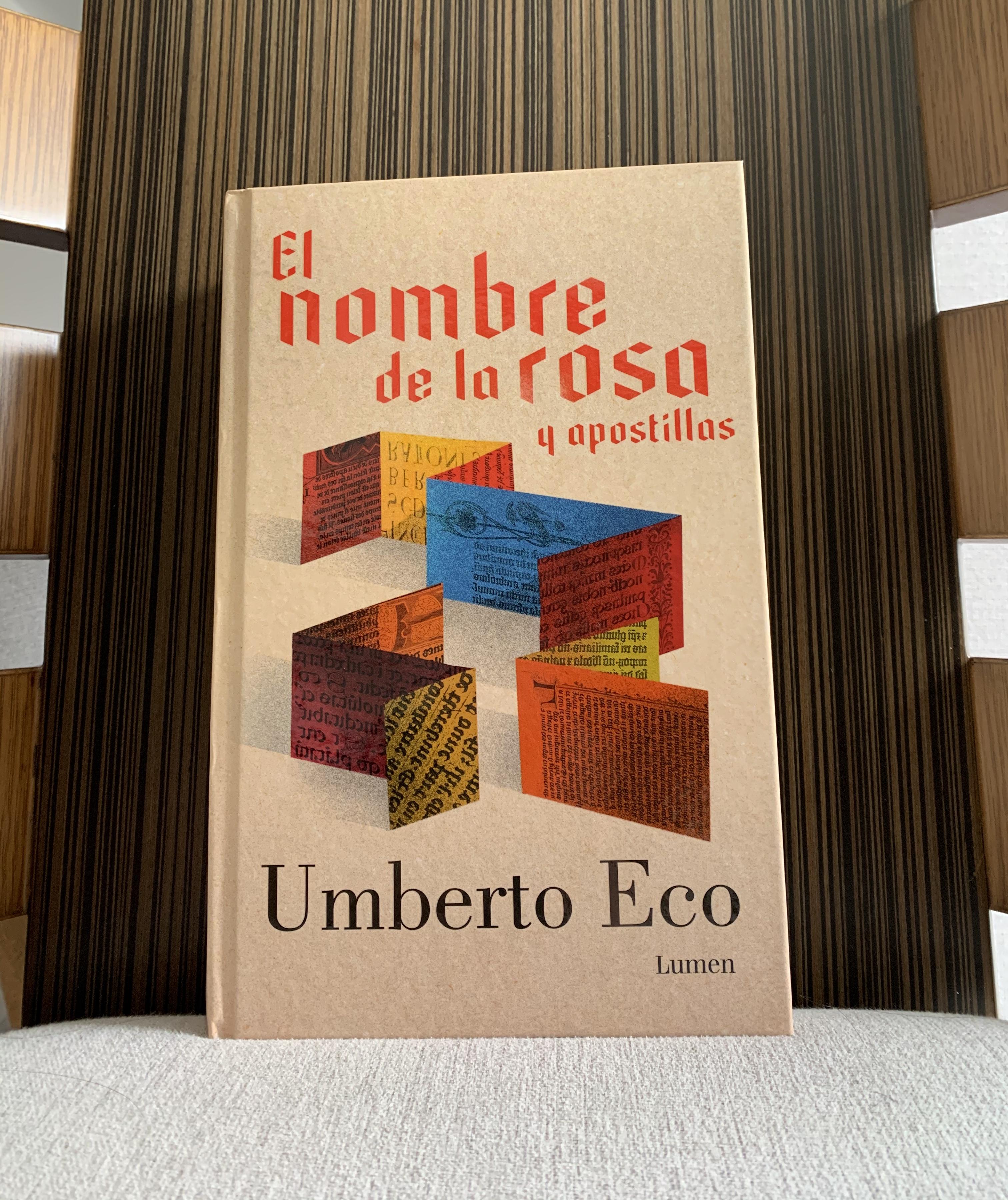 Libro El nombre de la rosa de Umberto Eco