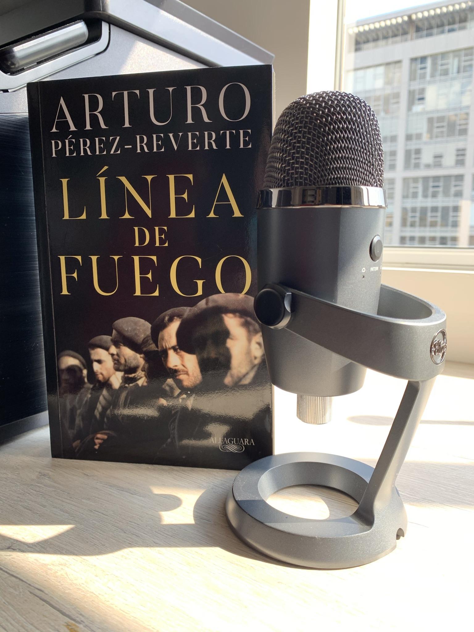 Libro Línea de fuego de Arturo Pérez-Reverte